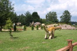 """Wasilków Atrakcja Muzeum Jurajski Park Dinozaurów """"Muzeum Dziejów Ziemi"""""""